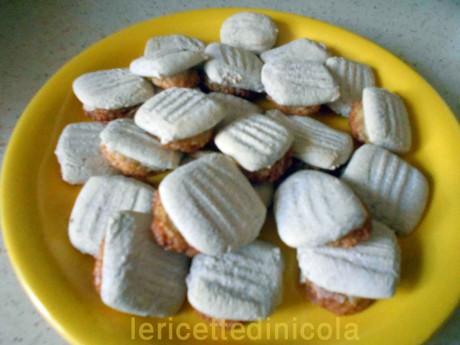 cucina,ricetta,ricette,ricette dolci tradizionali,tradizione siciliana,biscotti ossa di morto,ricetta fotografata,