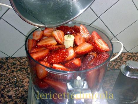 cucina,ricetta,ricette,sorbetti,ricette fragole,granite,ricetta fotografata,