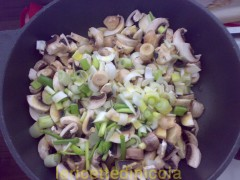 maccheroni-funghi-pancetta.jpg