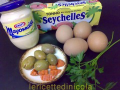 barchette-uova-al-tonno.jpg