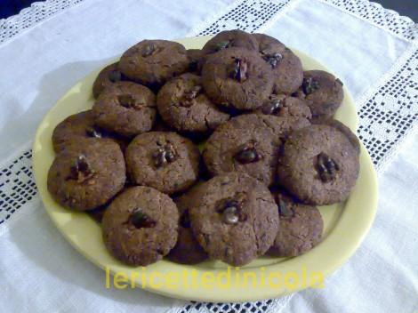cucina,ricetta,ricette,ricette biscotti,biscotti alle noci,biscotti al cioccolato,ricetta fotografata,