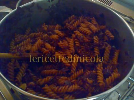 cucina,ricetta,ricette,primi piatti,pasta,cavolo rosso,ricetta fotografata,