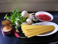 spaghetti tonno e funghi.jpg