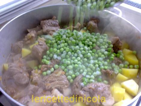 carne-grassato-piselli-7.jpg