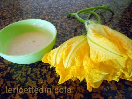 cucina,ricetta,ricette,fiori di zucca,come cucinare i fiori di zucca,antipasti sfiziosi,ricette fotografate,