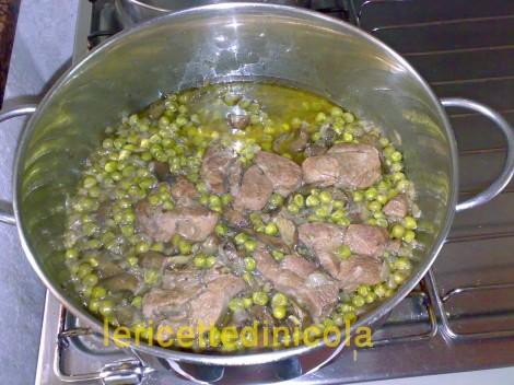 cucina,ricetta,ricette,ricetta tacchino,ricetta con carciofi,ricetta con piselli,ricetta fotografata
